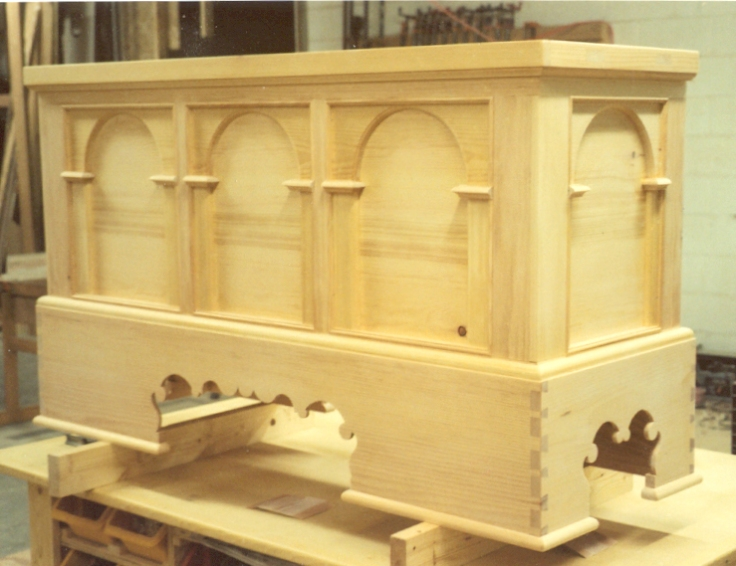 Arcaded Continental Chest or Truhe on a Sockel