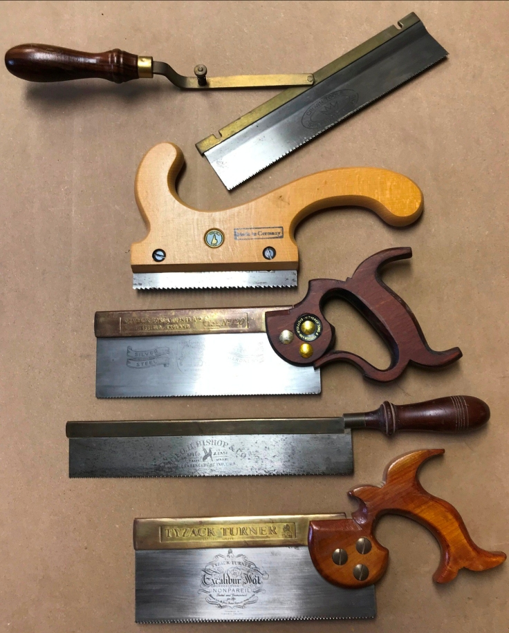 5 saws Crown reversible, Ulmia stairmakers, 2 short and one long dovetail saw