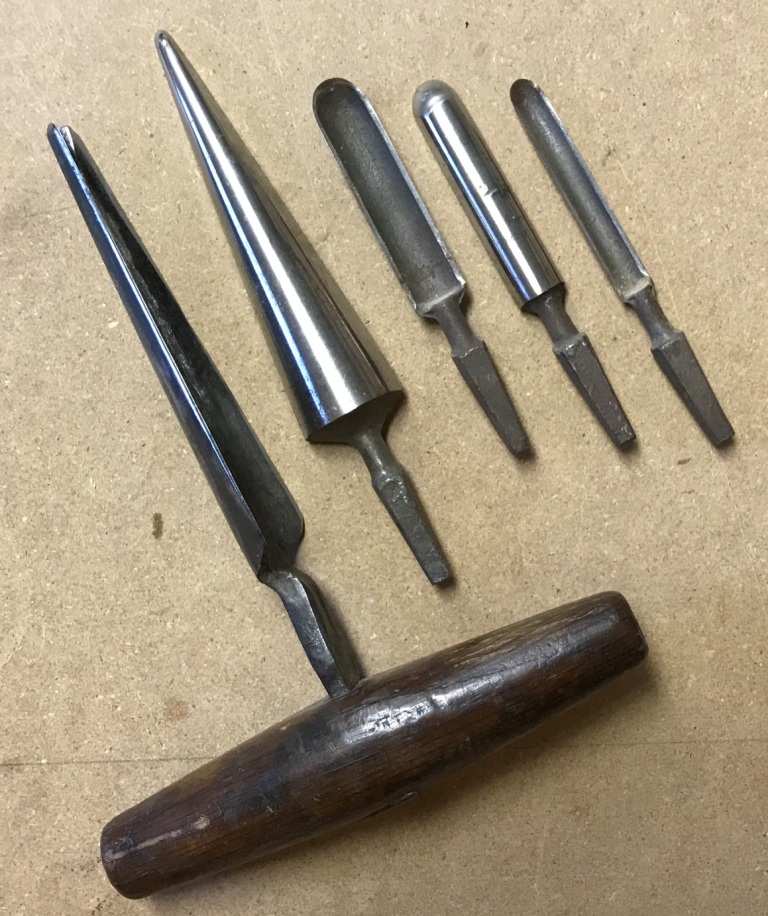 Spoon bits and two reamers for woodworking